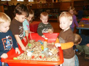 child-care-science-and-math-play